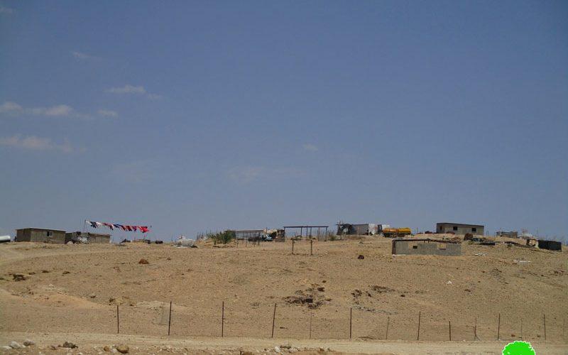 مصادرة مواد بناء أثناء إنشاء مسكن في تجمع عرب الزايد في قرية النويعمة محافظة أريحا