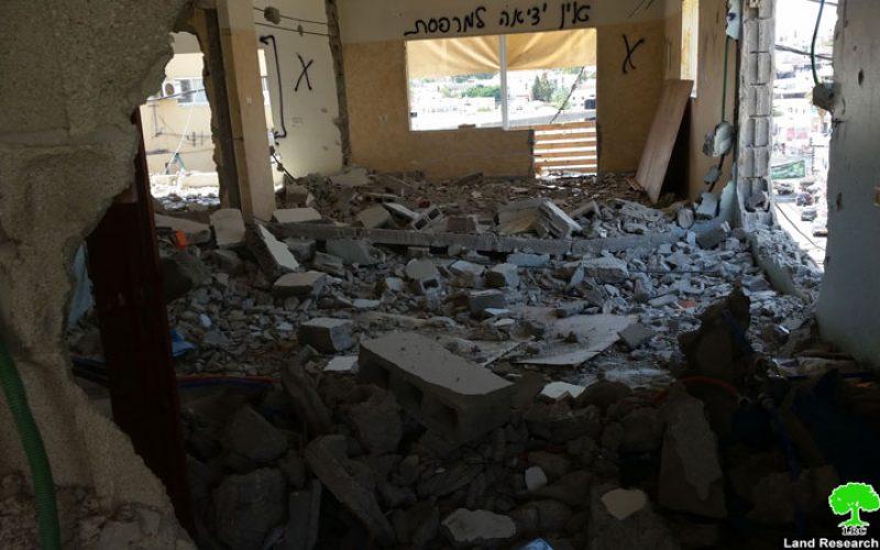 الاحتلال يهدم أجزاء من منزل عائلة الأسير علاء قبها في بلدة برطعة محافظة جنين