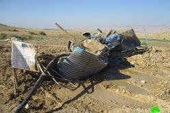 الاحتلال الاسرائيلي يهدم بركة للمياه و يصادر خطوط مائية في الأغوار الشمالية