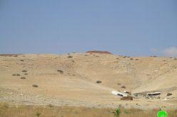 الاحتلال يشرع بشق طريق عسكري و إقامة قاعدة عسكرية في منطقة الراس الاحمر