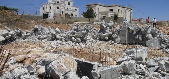 هدم منزلين في بلدة دير دبوان شمال شرق رام الله