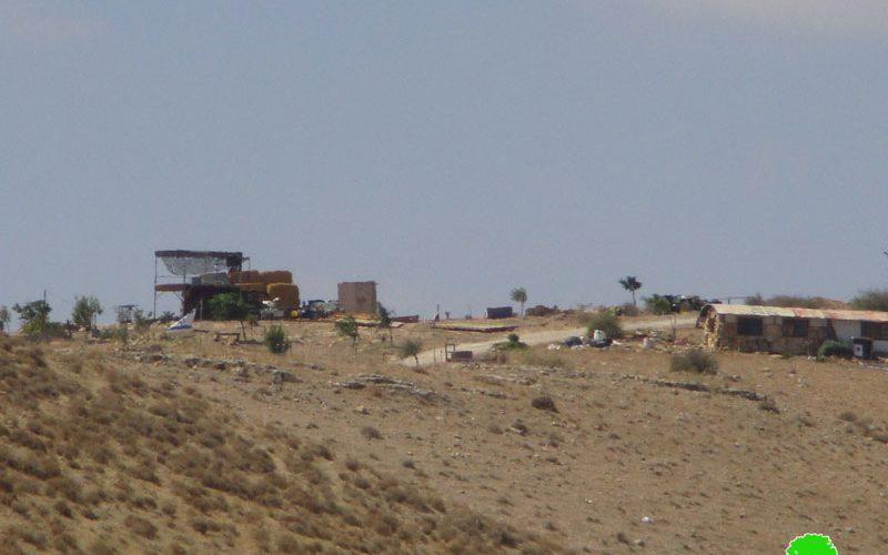 الشروع بشق طريق استعماري يخدم البؤرة الاستعمارية المقامة في خلة حمد / محافظة طوباس