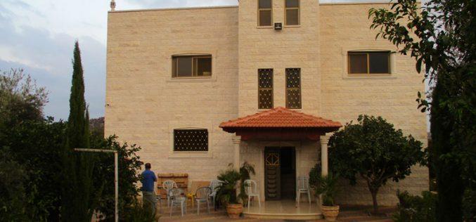 إخطار بهدم مسكن نعالوة في ضاحية شويكة بذريعة الأمن  محافظة طولكرم