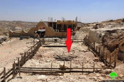إخطاراتبوقف العمل في مساكن تملكها عائلة أبو طبيخ في منطقة أم العمد غرب يطا  محافظة الخليل
