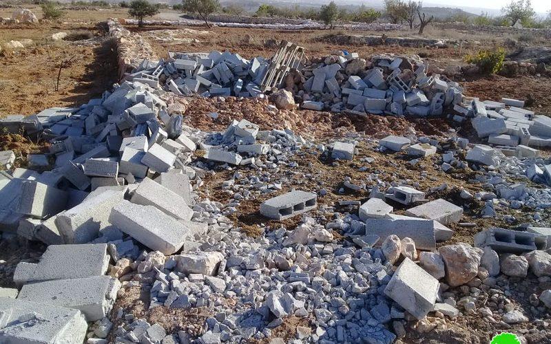 الاحتلال يهدم غرفة زراعية لعائلة برقان في خلة الفرن غرب بني نعيم / محافظة الخليل