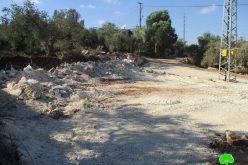 هدم أرضية محل تجاري في بلدة دير إستيا شمال مدينة سلفيت