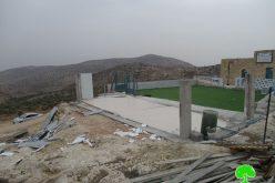 هدم وتفكيك جزء من مدرسة التحدي 10 في خربة ابزيق / محافظة طوباس