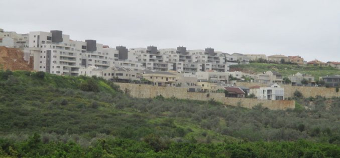 The Israeli occupation imposes more restrictions on people of Azzun Atma