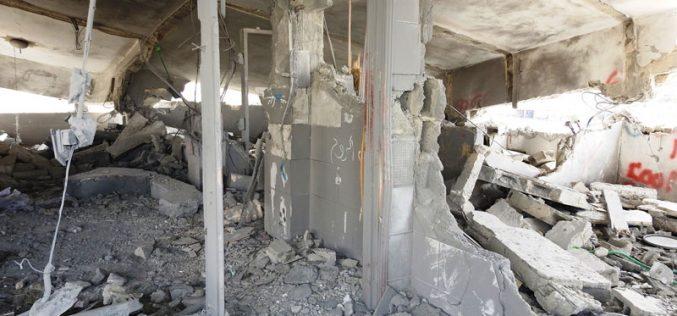 هدم 66 مسكناً بذريعة الأمن منذ بداية انتفاضة القدس <br>الاحتلال يفجر مسكن عائلة جبارين ببلدة يطا جنوب الخليل