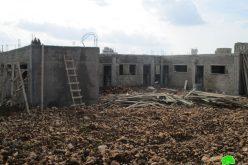 إخطار بهدم مدرسة التحدي (15) في قرية ظهر المالح جنوب غرب مدينة جنين