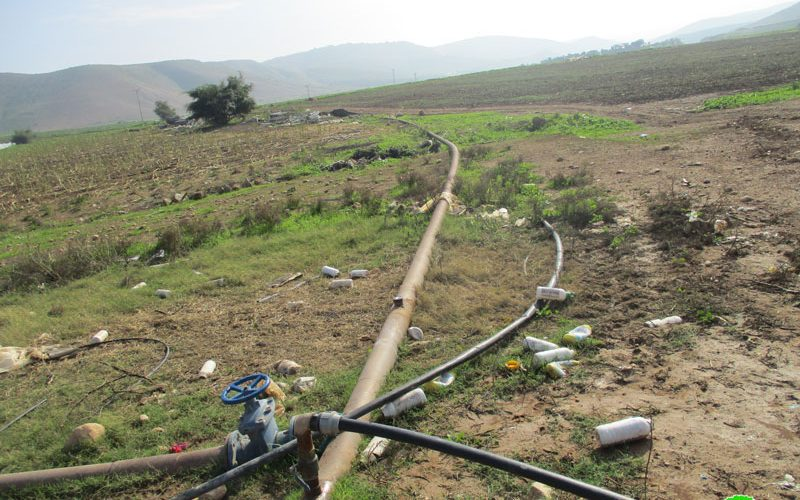 Israeli military order target a water pipe in Al-Farisiya / Tubas governorate