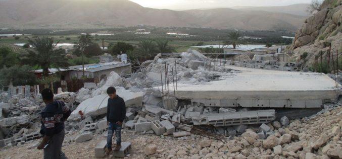 الاحتلال يهدم منزلاً في قرية الجفتلك / محافظة أريحا