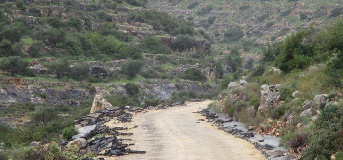 هدم وتجريف طريق السعادة في قرية كوبر شمال رام الله