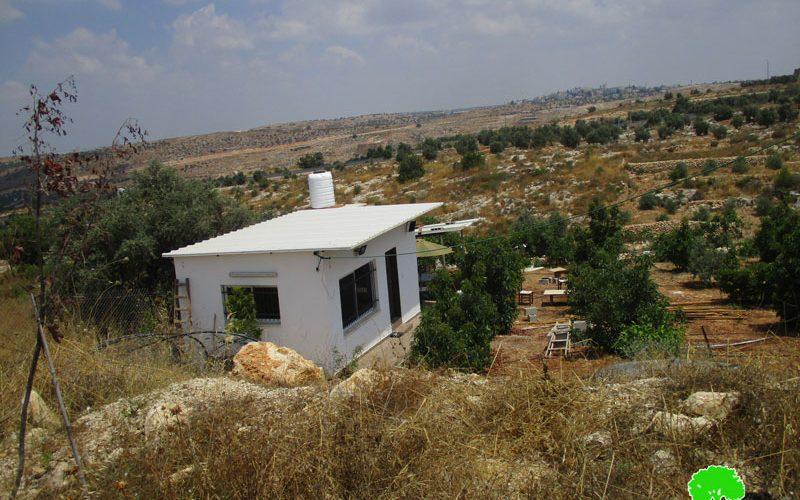 إخطارات بوقف البناء تطال منشآت صناعية وزراعية في قرية النبي الياس / محافظة قلقيلية