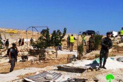 الاحتلال يهدم ويصادر خيمة في قرية المفقرة شرق يطا / محافظة الخليل