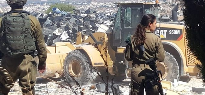 The Israeli Occupation Demolishes a Facility in Fuqeiqis Village / West Hebron
