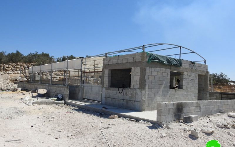 The Civil Administration Notifies an Agricultural facility in Idhna / Hebron Governorate