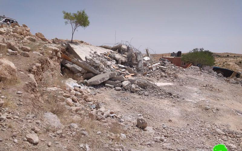 IOF demolish a house in Ad-Deirat – East Yatta / Hebron governorate