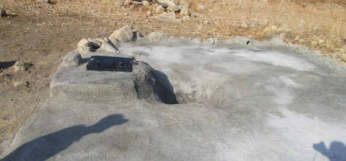 """The Israeli occupation forces prohibit repairing a cistern in """"Umm Zouqa"""" – The northern Jordan Valley / Tubas"""