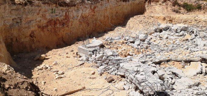IOF demolish an under construction house in Beit Ummar /North Hebron