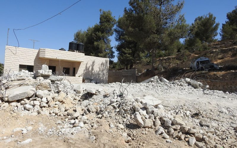 Occupation forces demolish a house in Beit Ummar / Hebron Governorate