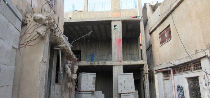 """الاحتلال الإسرائيلي يقرر هدم منزل عائلة """" أبو حميد"""" مجدداً في مخيم الأمعري / محافظة رام الله"""