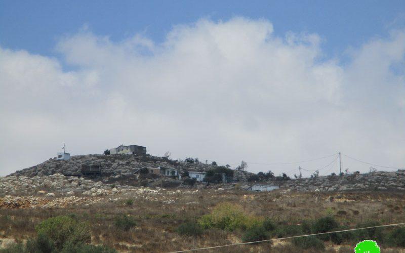 """مستعمرو """"تلمون"""" يشرعون بإنشاء بؤرة جديدة على أراضي قرية رأس كركر / محافظة رام الله"""
