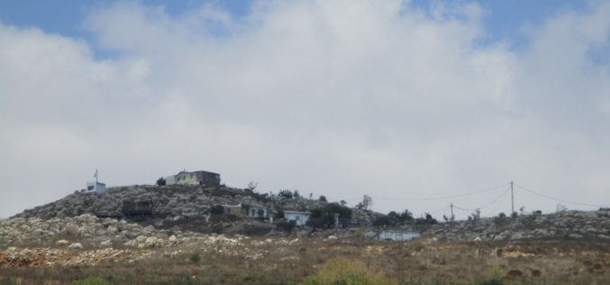 """Settlers of """"Talmon"""" build a new outpost on Ras Karkar village lands / Ramallah governorate"""