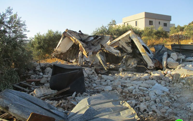 Demolition of an agricultural barracks in 'Izbet Salman / East Qalqilya