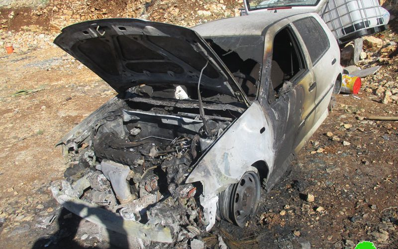 Writing hatred inciting slogans and torching two cars in Fara'ata village / Qlqilya governorate
