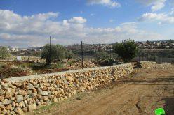 الاحتلال يخطر بوقف البناء تطال أسوار وجدران استنادية في بلدة نعلين / محافظة رام الله
