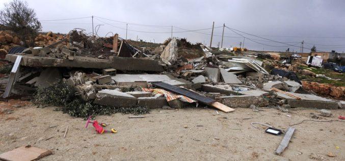 الاحتلال الإسرائيلي يهدم مسكناً في قرية الرفاعية شرق يطا بمحافظة الخليل