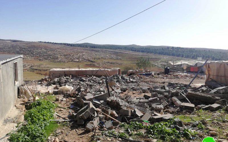 الاحتلال يهدم منشأة زراعية بقرية غوين جنوب السموع / محافظة الخليل
