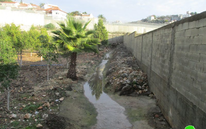 "Settlers of ""Sha'arei Tikva"" pump their waste water towards 'Azzun high school in Qalqilya"