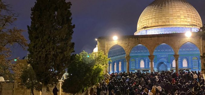 "The Israeli Occupation suppresses Protestors in ""The great Fajer Campaign"" – Al-Aqsa mosque"