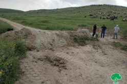 Israeli violations in the time of Corona:  Closure of a main road via earth mounds in Khirbet Al-Faresiya