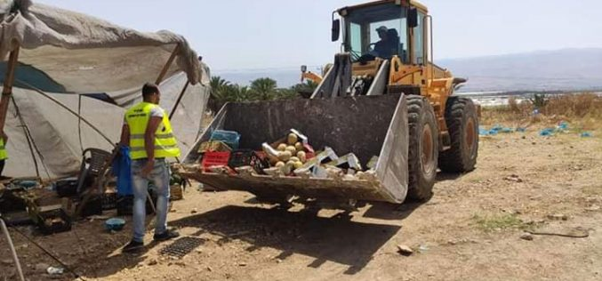 Demolishing 6 vegetables selling stands in the Jordan Valley / Tubas governorate