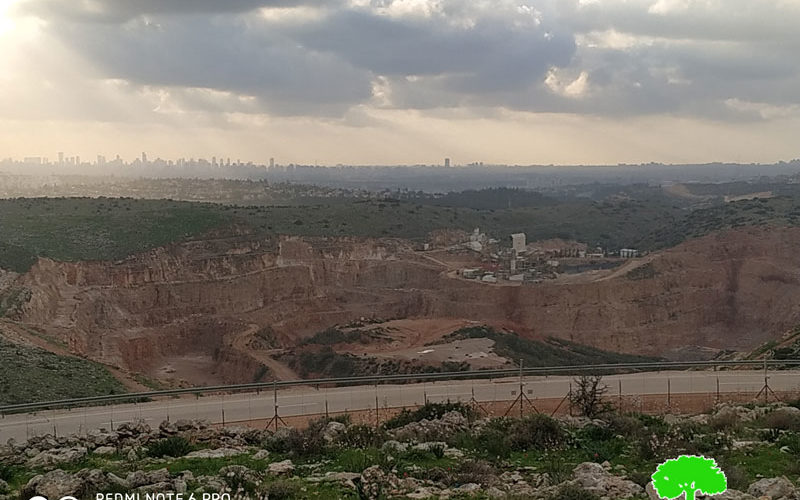 """الإعلان عن مخطط لتوسعة """" الكسارة الإسرائيلية """" غرب بلدة الزاوية بمحافظة سلفيت"""