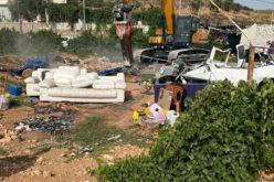 هدم مغسلة سيارات في بلدة الخضر بمحافظة بيت لحم