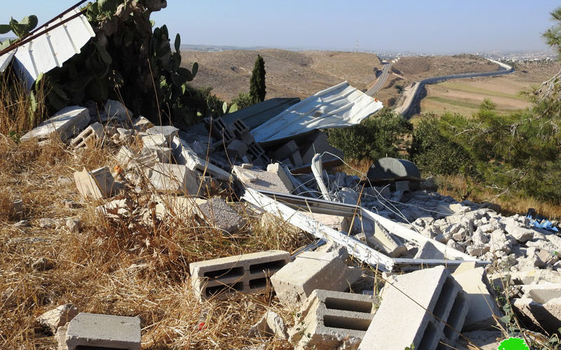 The Occupation demolishes an agricultural facility in Beit Mirsim West Hebron