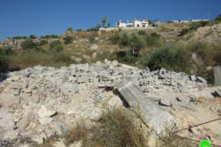 The Civil Administration demolishes a house and notifies another in Beit Sira / Ramallah