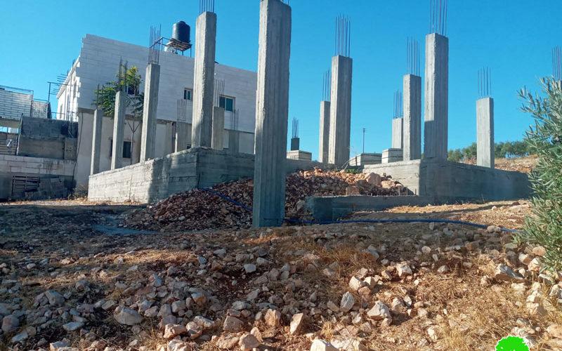 الاحتلال يخطر امرأ نهائياً بهدم منزل في بلدة تقوع / محافظة بيت لحم