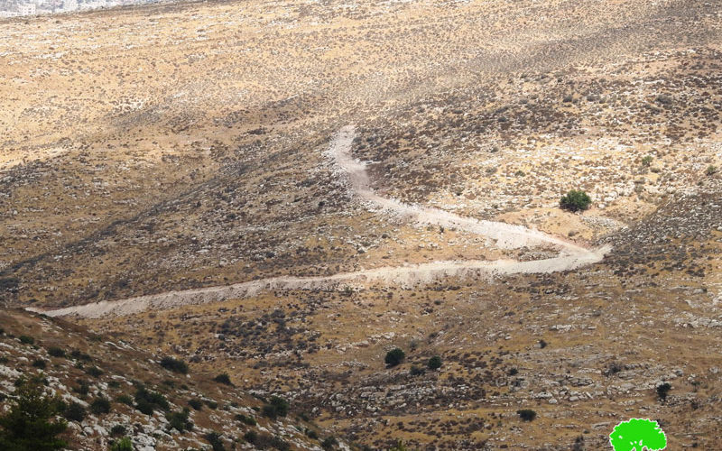 Colonists Open Roads in Citizens Lands in Fqaiqis village West Hebron