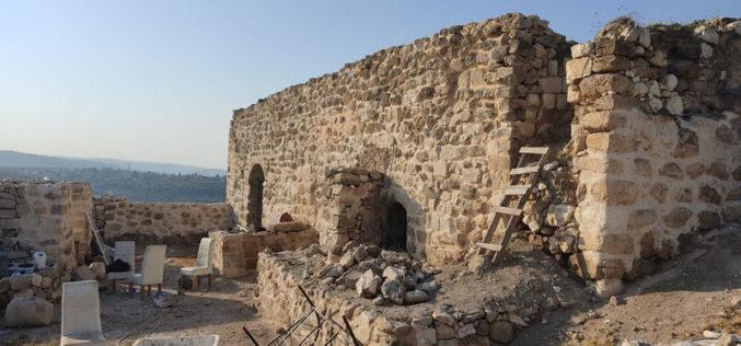 مصادرة مقتنيات منزلية ومواد بناء في خربة الفراسين بمحافظة جنين