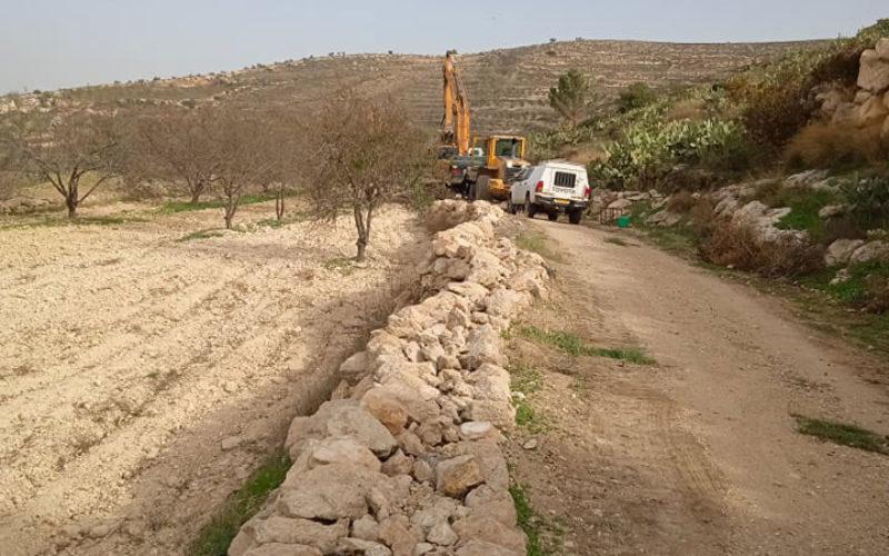 الاحتلال يدمر مشروع زراعي في سوبا غرب الخليل