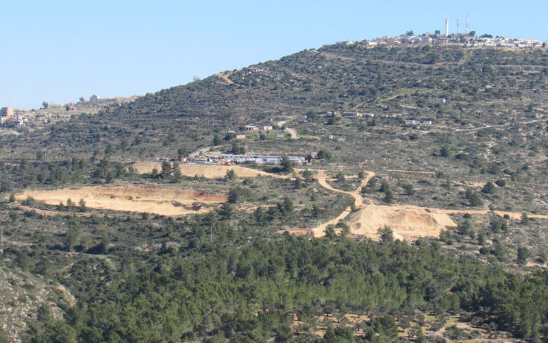 Talmon colony expands on Al-Mazra'a Al-Qibliya lands \ Ramallah governorate