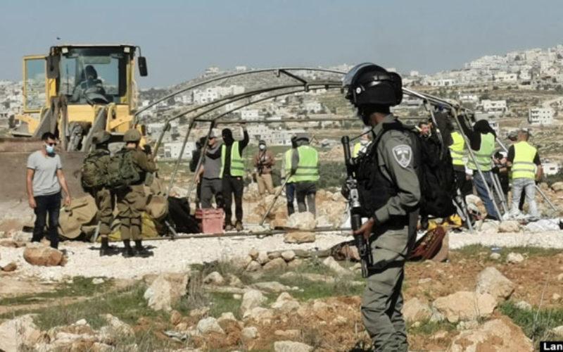 الاحتلال يشن حملة هدم ومصادرة في عدة مناطق بمسافر يطا جنوب الخليل