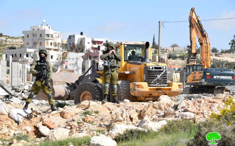 House and Cistern demolished in Khallet Al-Warda in Bani Na'im town / south Hebron