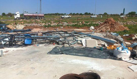 الاحتلال الاسرائيلي يهدم منشأة تجارية في قرية جينصافوط بمحافظة قلقيلية