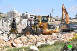 الاحتلال يهدم مسكن وبئر مياه في خلة الوردة ببلدة بني نعيم جنوب الخليل